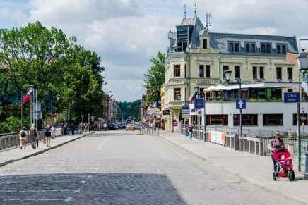 Most Przyjaźni łączący Cieszyn z Czeskim Cieszynem, ul. Hlavni.