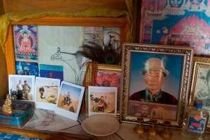 W każdej jurcie znajduje się ramka w różnymi zdjęciami