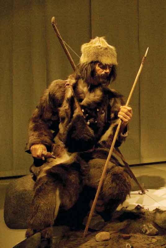 Rekonstrukcja pradawnego mieszkańca regionu (na wzór Ötziego)