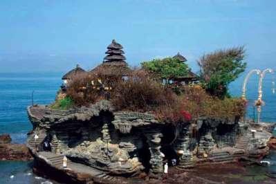 Tanah Lot – najładniejsza z siedmiu świątyń morskich na Bali