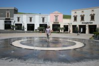 Sicilia Outlet Village - oj trzeba się ochłodzić, fot. Paweł Wroński