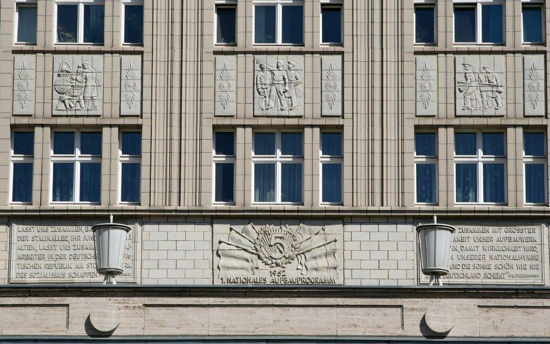 Niemcy – Karl-Marx-Allee w Berlinie