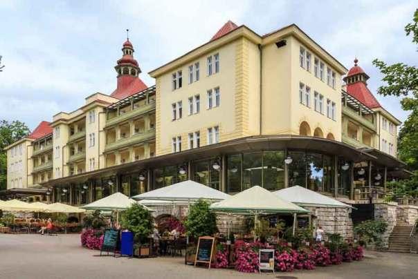 Polanica Zdrj - Budynek Sanatoryjny Wielka Pieniawa