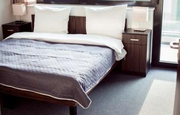 Sypialnia-2-w-pokoju-8-os
