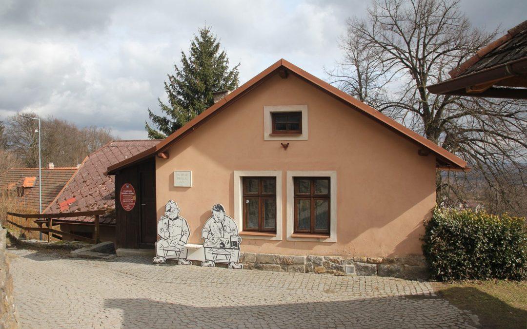 100 lat Szwejka: z ulicy Na Bojišti i gospody U Kalicha do Lipnicy nad Sázavou