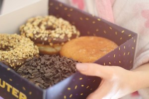 You need to run 30 minutes to equalize the calories of a chocolate doughnut!