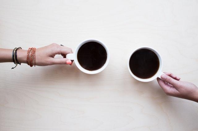 Kaffeekonsum kann Hormonimbalancen auslösen oder verstärken.