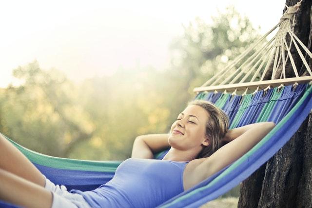 Sich Zeit für sich selbst zu nehmen, macht dich zufriedener!