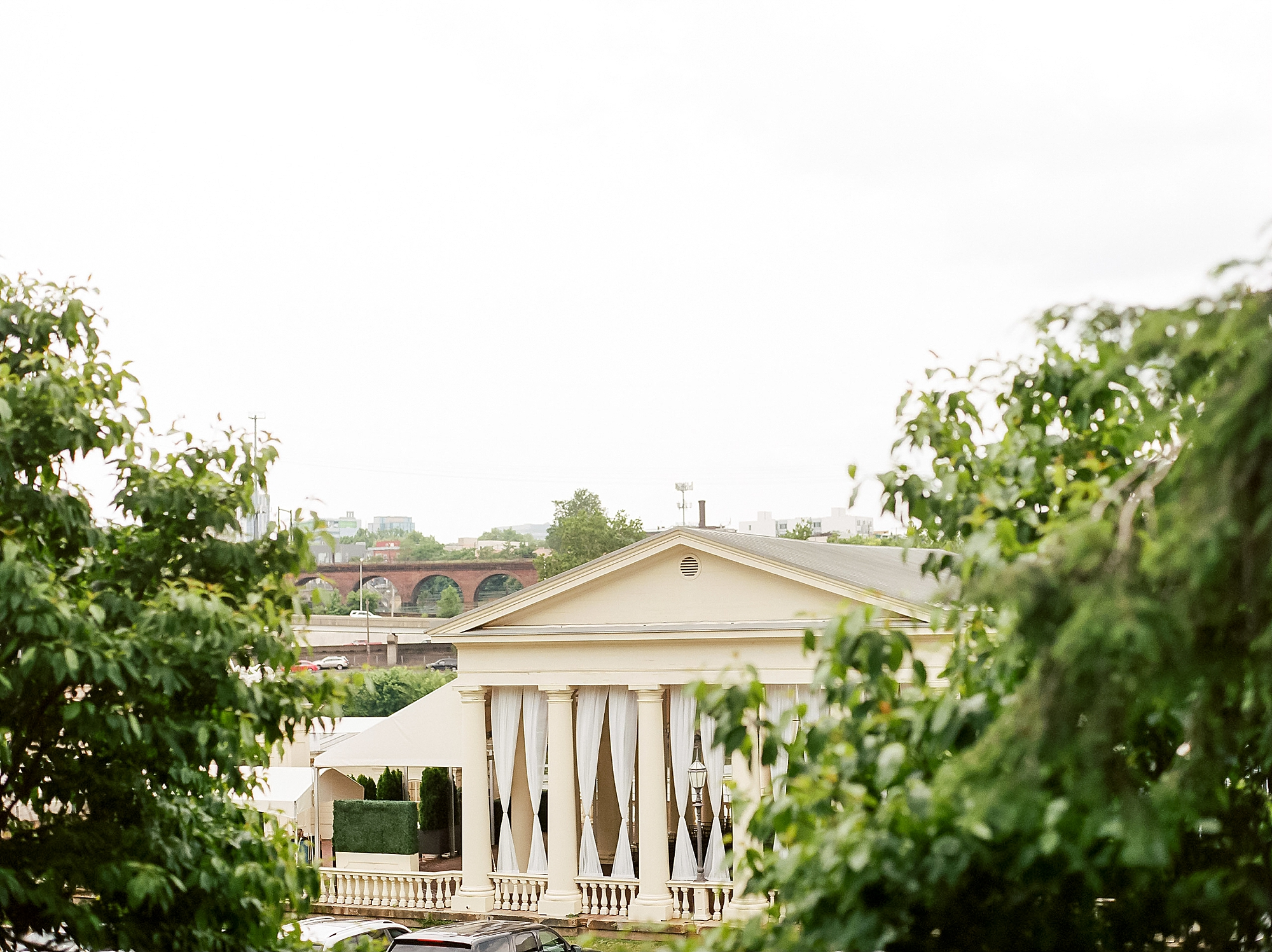 Candid and Genuine Fairmount Waterworks Philadelphia Wedding Photography by Magdalena Studios 0061 1