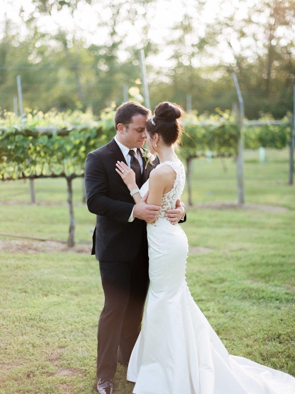 MagdalenaStudios WeddingPhotographer WillowCreekWinery CarissaJoe 462