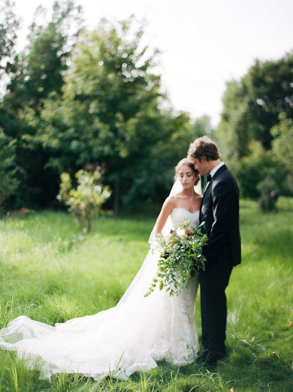 terrain gatherings glen mills pa romantic garden wedding photography magdalena studios 0035