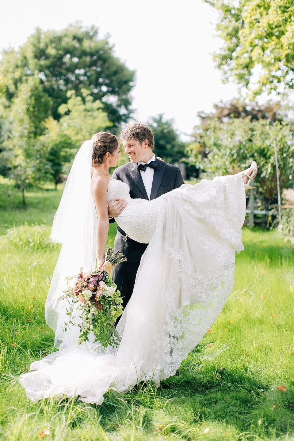 terrain gatherings glen mills pa romantic garden wedding photography magdalena studios 0036