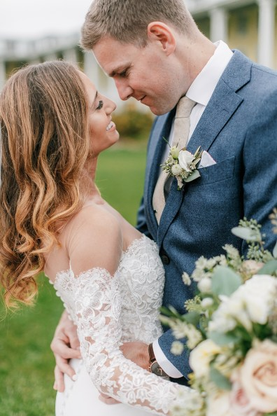 Intimate and Joyful Wedding Photography in Cape May, NJ by Magdalena Studios_0017