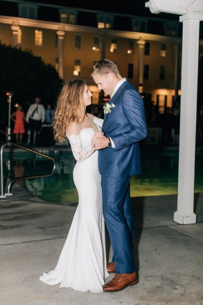 Intimate and Joyful Wedding Photography in Cape May, NJ by Magdalena Studios_0048