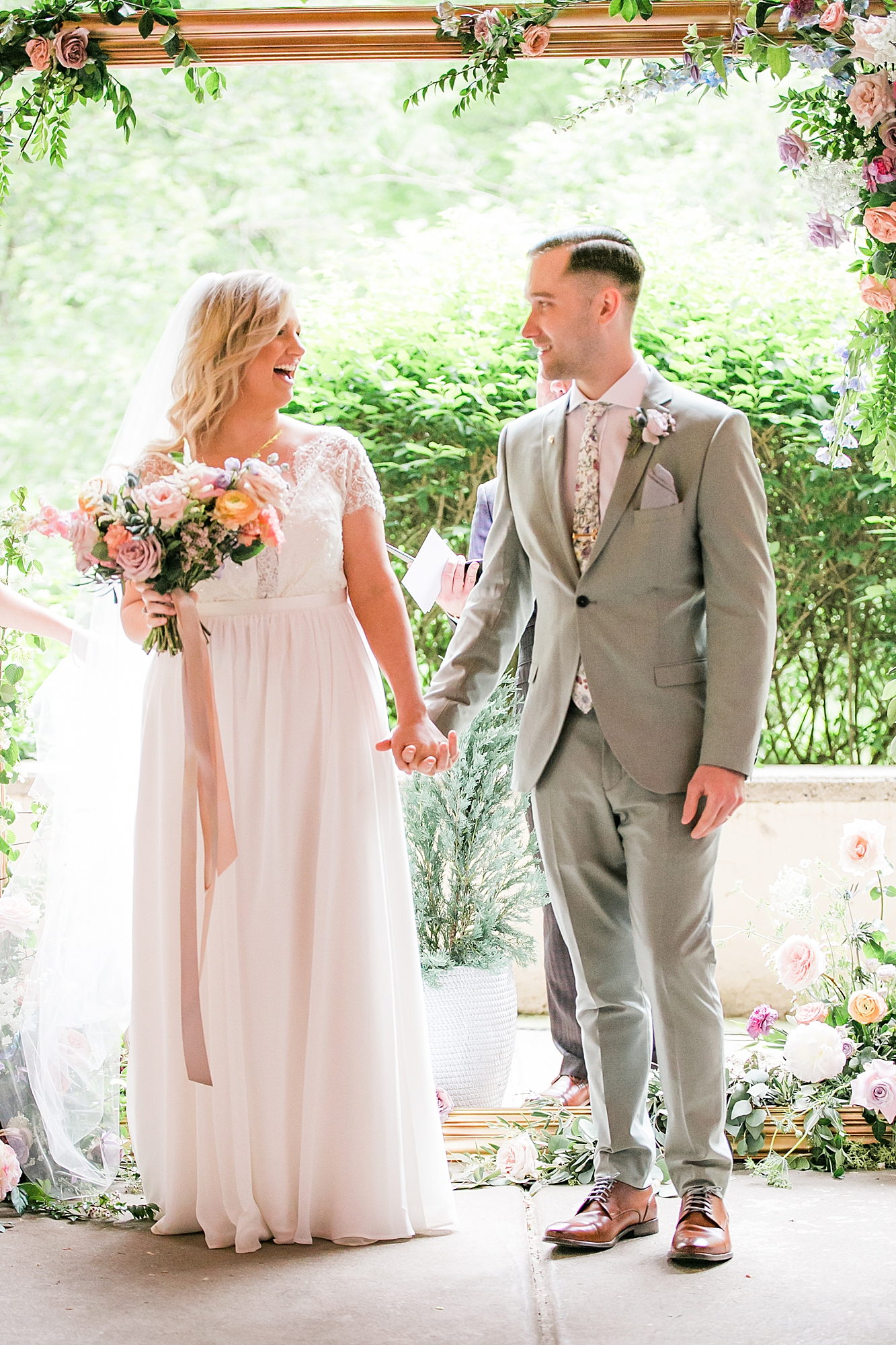 Intimate and Sweet Estate Wedding Photography by Magdalena Studios 0032