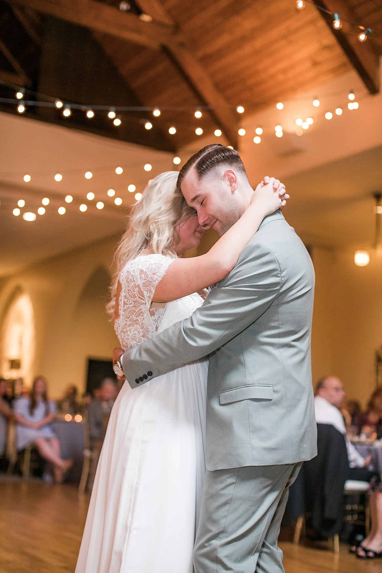 Intimate and Sweet Estate Wedding Photography by Magdalena Studios 0071