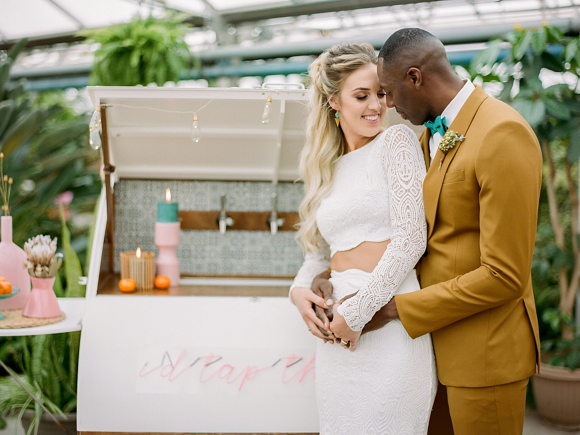 Colorful and Vibrant Wedding Photography at Fairmount Horticultural Center by Magdalena Studios 0016