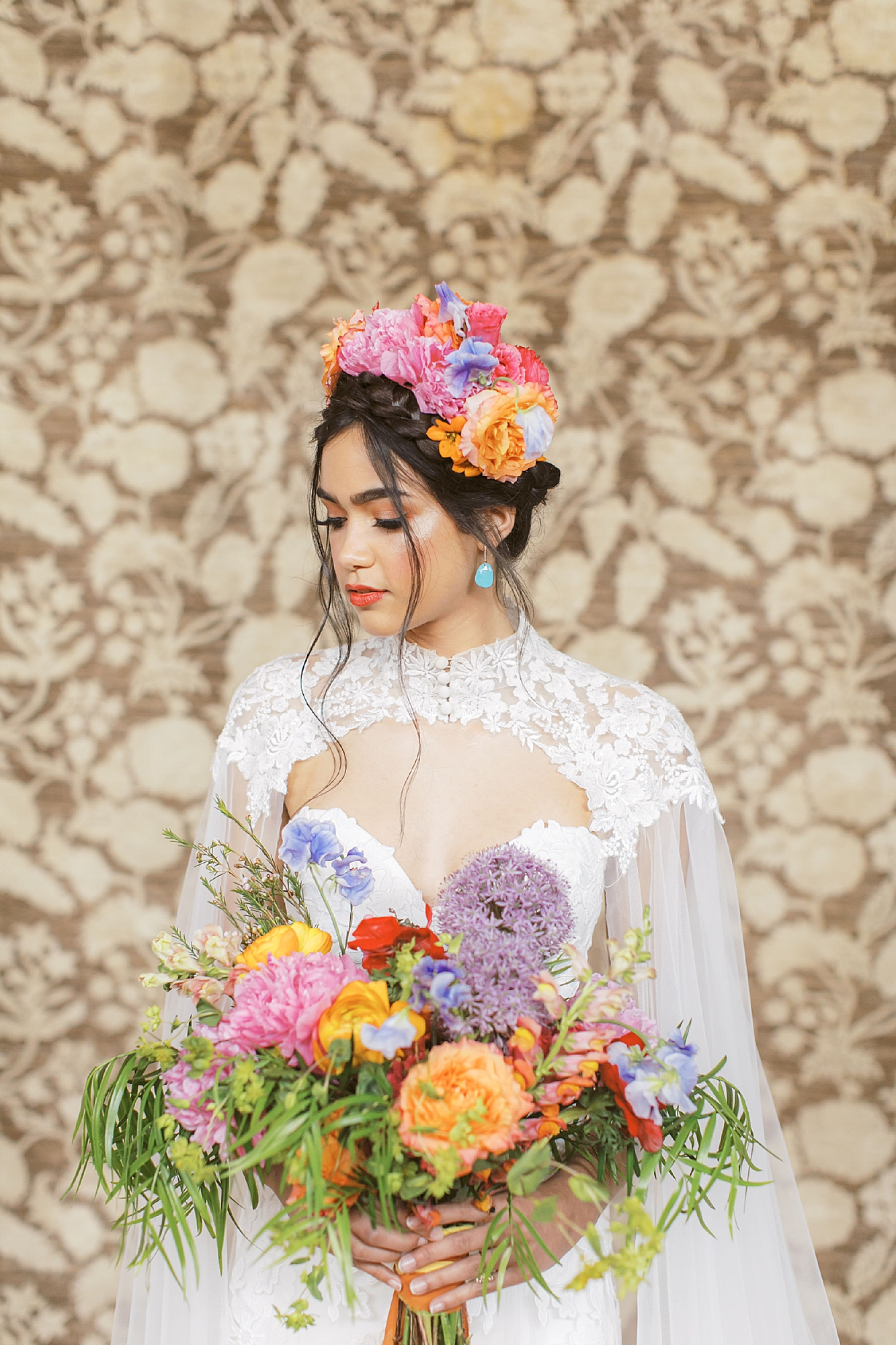 Vibrant and Colorful Frida Kahlo Inspired Wedding Photography by Magdalena Studios 0013