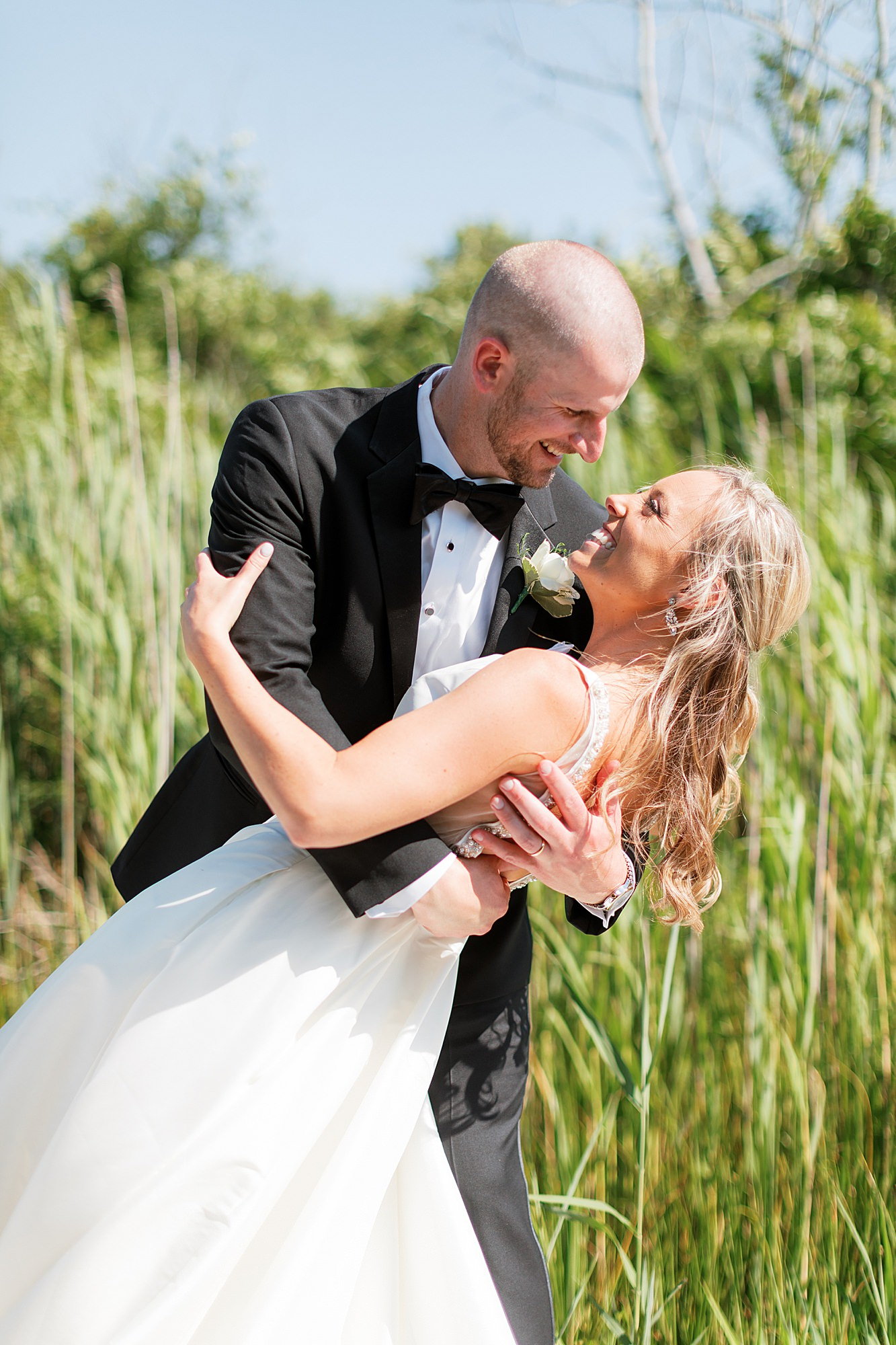 Natural and Vibrant Wedding Photography at the Reeds in Stone Harbor NJ by Magdalena Studios 0041