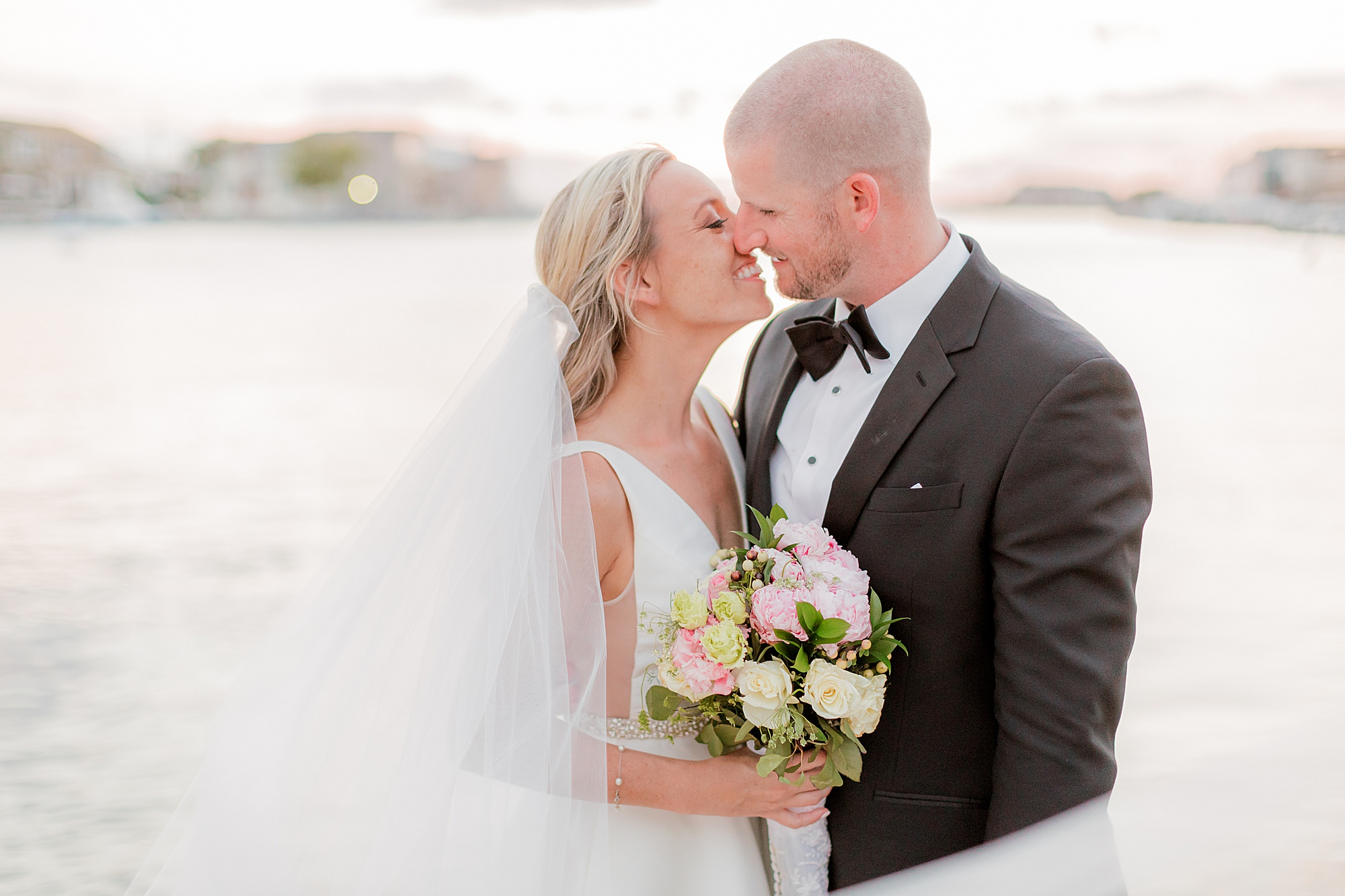 Natural and Vibrant Wedding Photography at the Reeds in Stone Harbor NJ by Magdalena Studios 0061