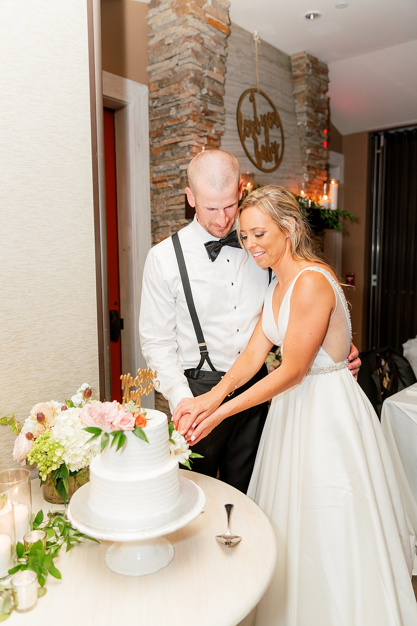 Natural and Vibrant Wedding Photography at the Reeds in Stone Harbor NJ by Magdalena Studios 0067