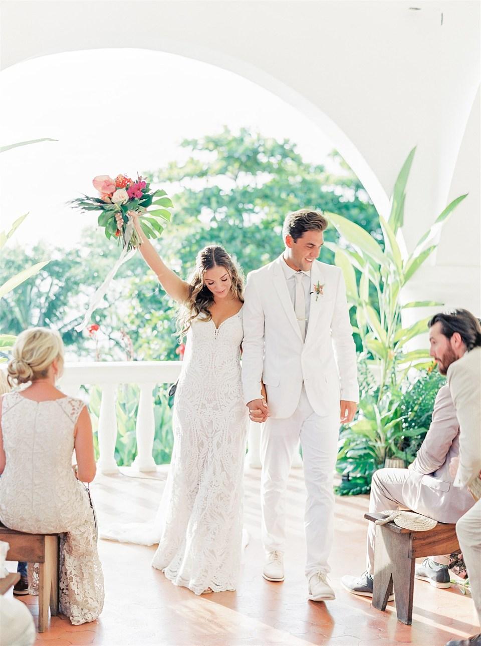 Magi Scotts Nosara Wedding by Lauren Fair 0073