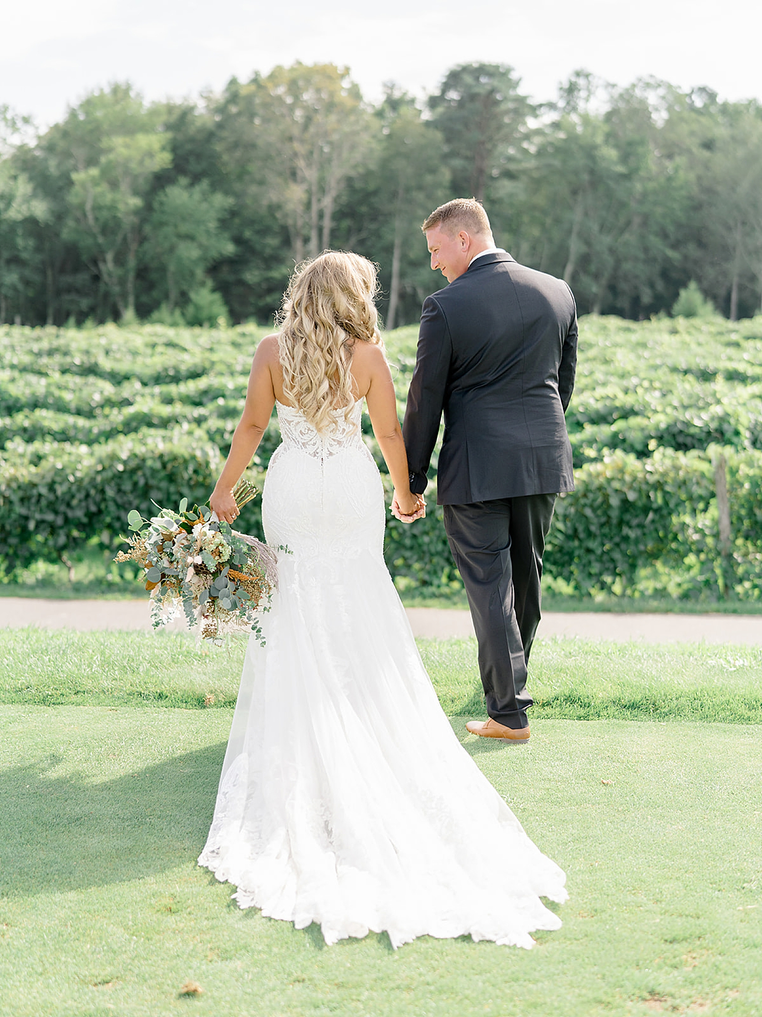Renault Winery Wedding Photography by Magdalena Studios 0027