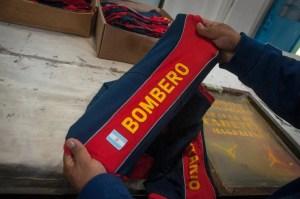 Internos de la U 28 donaron 100 remeras a bomberos de Magdalena