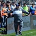 Maradona debutó en Gimnasia con una derrota ante Racing
