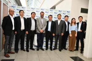 El intendente Peluso recibió una delegación china en el palacio municipal