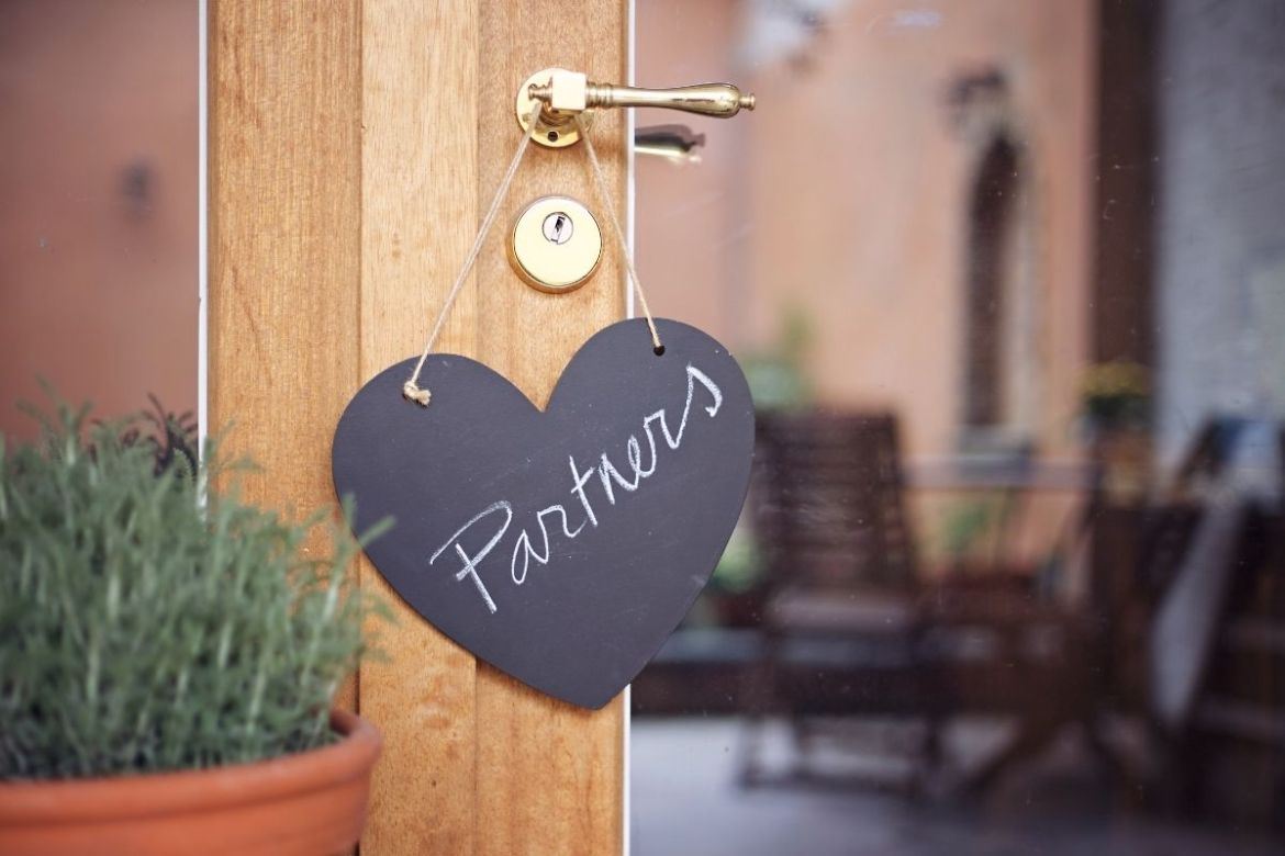 Does your partner truly loves you? How to understand?