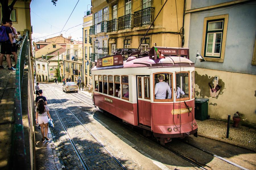 Туристически трамвай в Лисабон, Португалия