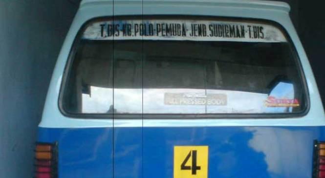 Sarana Transportasi Angkot Magelang