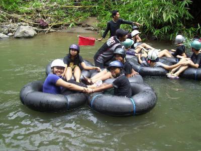 Rafting Mini di Desa Ekowisata Gadingsari Sawangan
