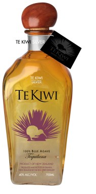 TeKiwi_bottle_draft_011-TeK_Kiwi_big_symbol_silver