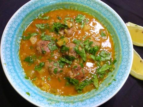 suppe mit freeky und fleischbällchen