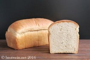 brotwein-toastbrot-100-weizen-vorteig-sandwichbrot