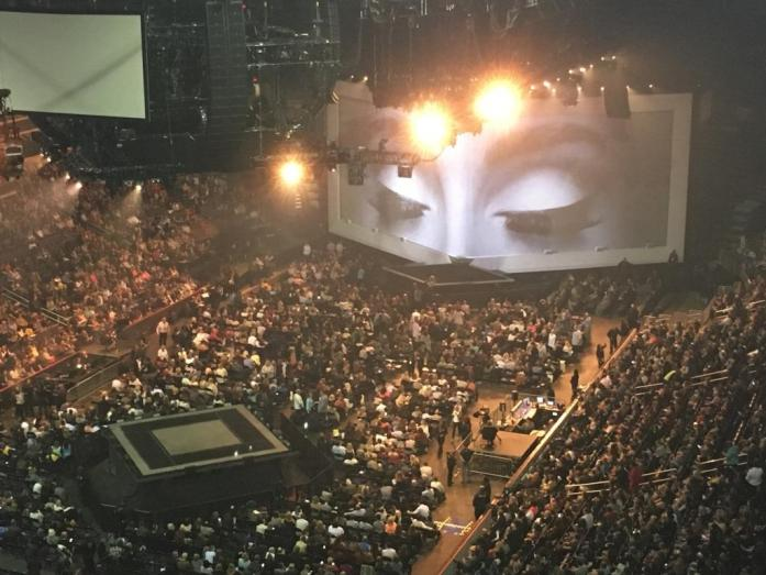 Adele Live 2016 at the Verizon Center.  Those lashes!