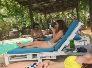 Pool - Casa Abierta - Kate, Rebecca und Marty