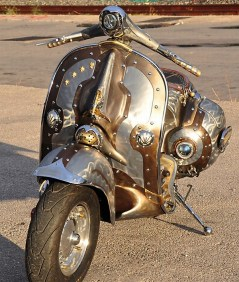 Steampunk-Vespa-Guardian_1