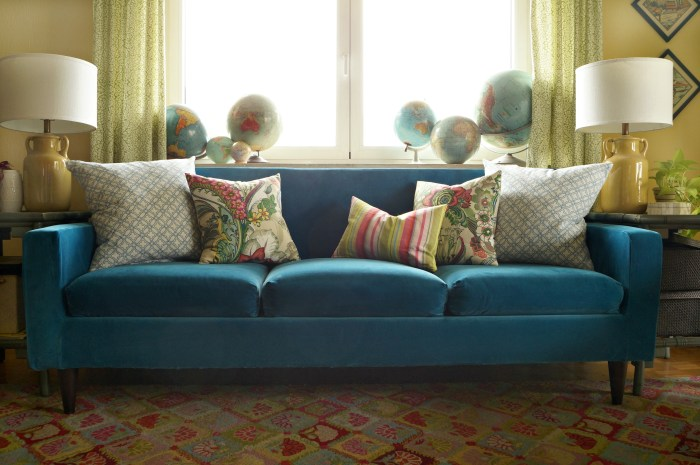 Finally, A Blue Velvet Sofa!