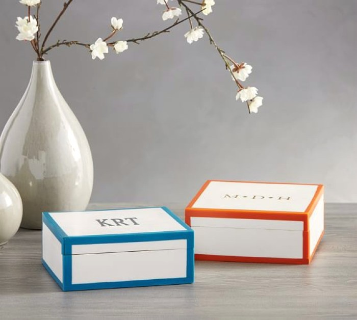 harper-monogrammable-resin-box-c