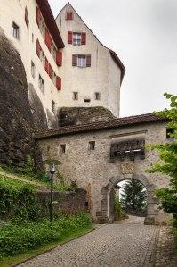 Aufgang zum Schloss Lenzburg