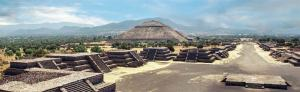 Teotihuacan famous old ruins citty in Mexiko