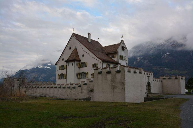 Schloss A Pro Seedorf Fluelen