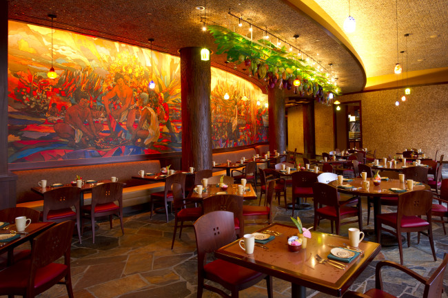 MAKAHIKI BUFFET RESTAURANT - Image by Todd Anderson/Disney Destinations