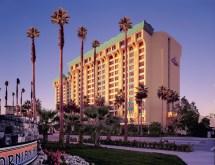 Disneyland Paradise Pier Hotel