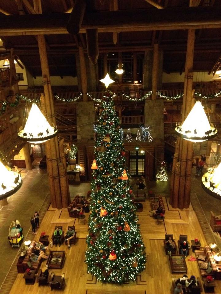 Wilderness Lodge Christmas Tree.