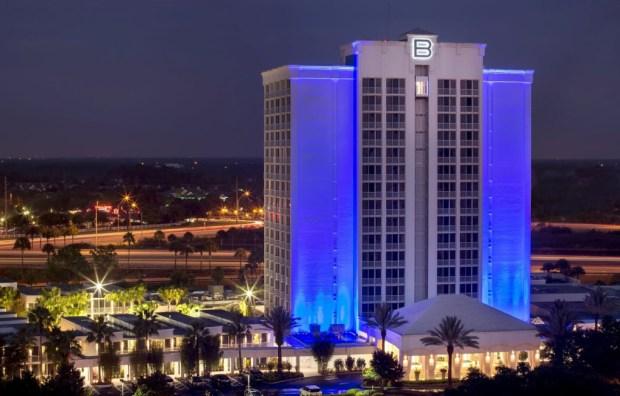B Resort & Spa Ext. Night