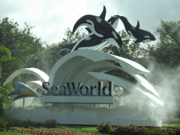 Sea World sign